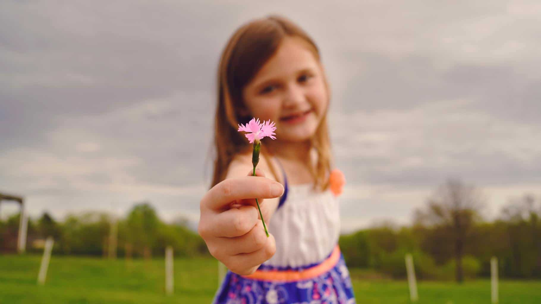 Teaching children gratitude: why is it important and how to do it