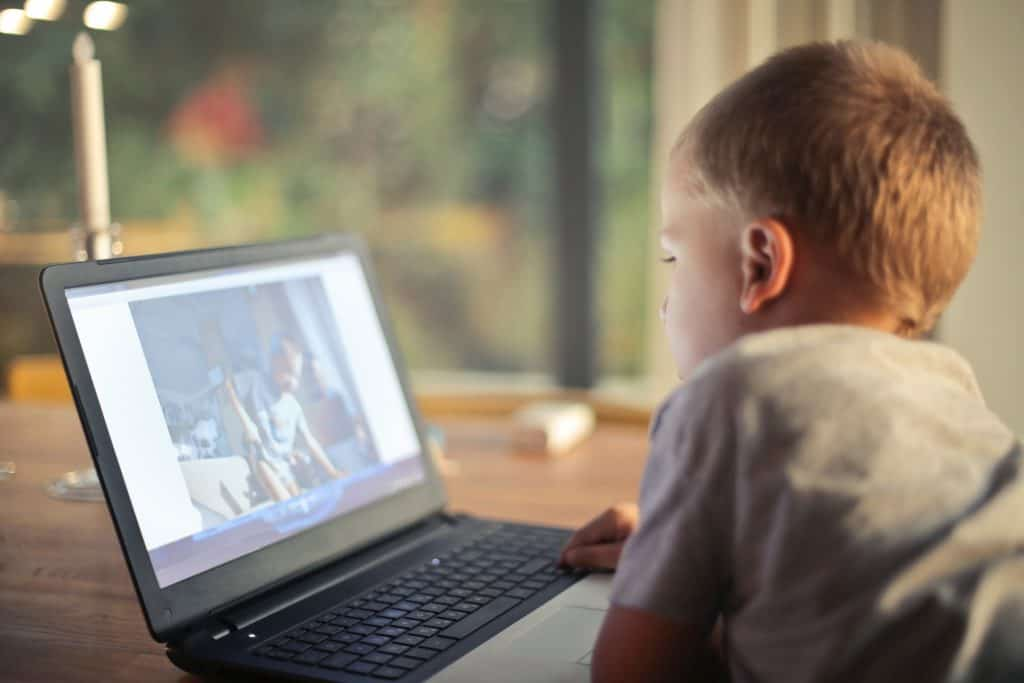limit screen time for children